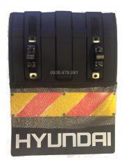 Chắn bùn phản quang xe tải Hyundai HD700